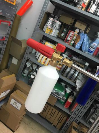 Bộ súng phun áp lực và bình dựng hóa chất tạo bọt tuyết Foam Lance 1lit