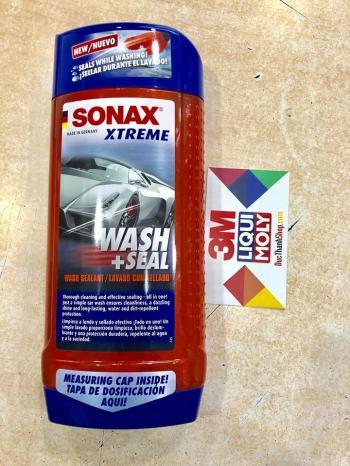 Nước rửa xe và phủ bóng bảo vệ bề mặt sơn Siêu Cấp 244200 - SONAX XTREME WASH + SEAL 500ml