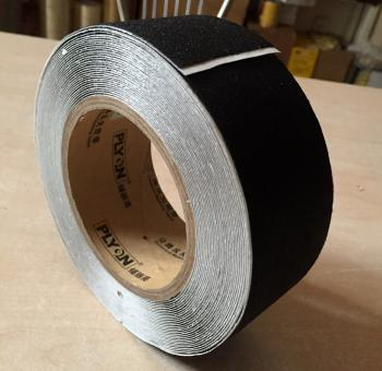 Băng keo chống trượt cao cấp Plyon PL1000 50mmx10m màu đen độ nhám P120